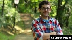 Мартин Галевски, постдипломец по образовни политики на Универзитетот Кембриџ - Англија.