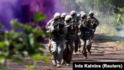 Солдаты США на учениях НАТО в Латвии