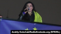 Ukraine -- Ruslana on Maidan, Kyiv, 24Nov2013