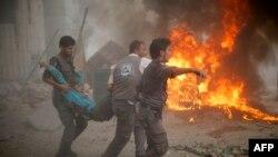 После воздушного удара сирийской армии по городу Дума 16 августа 2015 года