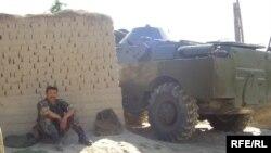 Өзгөндөгү террордук чабуулдан кийин, Кош-Коргон айылы.29-июнь, 2009-жыл.