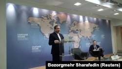 U.K. -- Iranian Deputy Foreign Minister Abbas Araqchi speaking at the Chatham House think tank in London, February 22, 2018