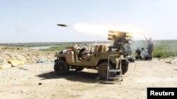 """قوات عراقية تقصف مواقع مسلحي """"داعش"""" في تكريت"""