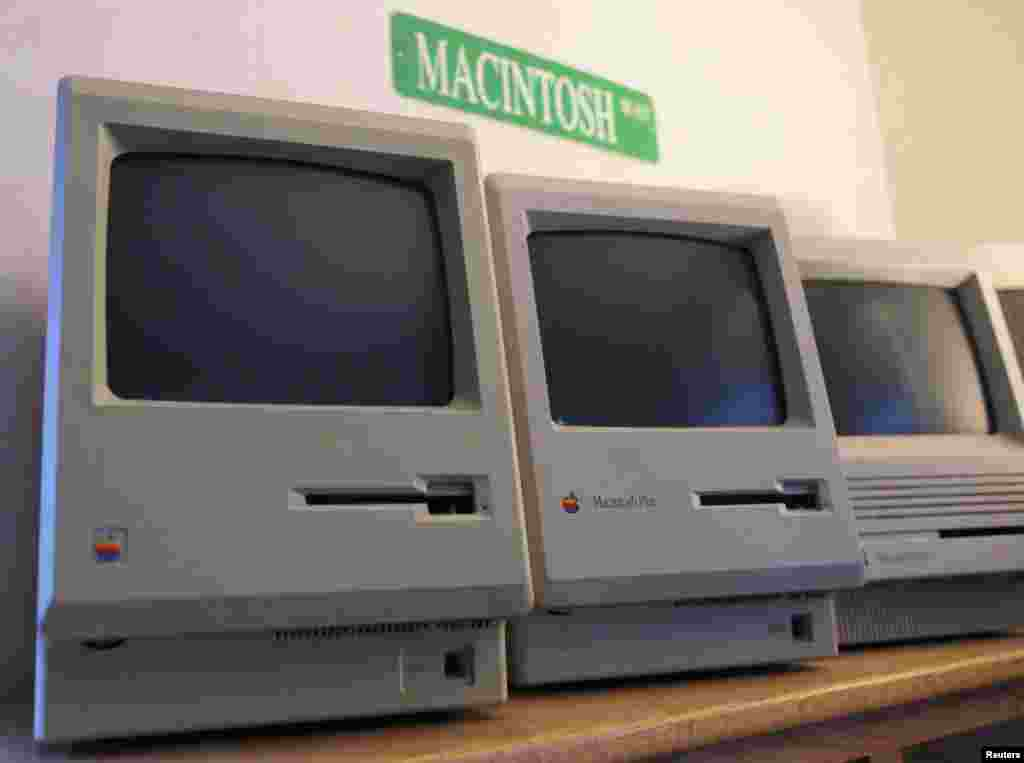 The first 128K Macintosh sits alongside some of its successors.
