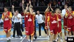 Македонската репрезентација по поразот од Шпанија во полуфиналето