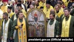 """Киев, крестный ход """"за единую поместную церковь"""""""