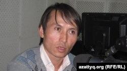 Ақын Тоқтарәлі Таңжарық. Алматы, 25 қыркүйек 2010 жыл.