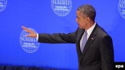 Президент США Барак Обама обращается к саммиту по противодействию ИГИЛ и насильственному экстремизму в ООН, 29 сентября 2015 года