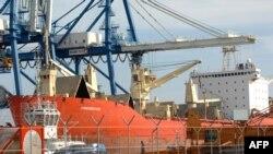 کشتی توقیف شده تحت اجاره ایران در آبهای قبرس