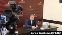 По мнению президента Анатолия Бибилова, наличие оппозиции говорит о здоровье общества