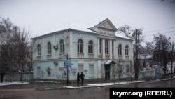 Здание в Симферополе, где находился Меджлис (парламент). Иллюстративное фото.