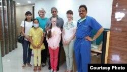 Виктория и Юлия Ивановы в больнице