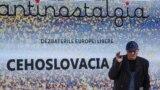 Vasile Botnaru, șeful redacției din Chișinău a Europei Libere și moderatorul discuției de la Muzeul Armatei, Chișinău, 17 octombrie 2018.