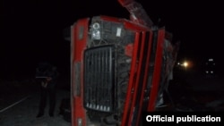 Бишкек-Ош автожолундагы кырсыктардын бири.