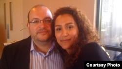 Джейсон Резаян та його дружина Єгане Салехі