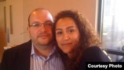جیسون رضاییان و همسرش یگانه صالحی