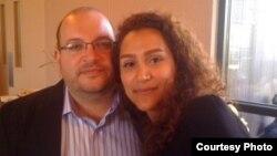 جیسون رضائیان و همسرش یگانه صالحی