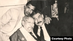 (çepden saga) Şiraly Nurmyrat, Çary Aşyr we Artyk Jally.