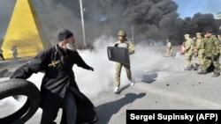 Православный священник на Майдане