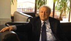 Ayaz Mütəllibov: «Bizdə keçid dövrü, yəni avtoritar ölkədən demokratiyaya keçid tamamlanmayıb hələ»