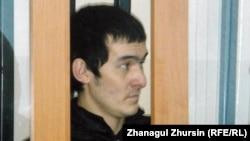 """Айбек Таңатаров, """"жиһадқа үгіттеді"""" деген айыппен сотталушы. Ақтөбе, 2 мамыр 2013 жыл."""