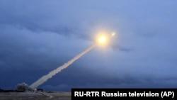 Lansirane rakete za koju je Putin rekao da je novi ruski interkontinentalni krstareći projektil na nuklearni pogon, 1. marta 2018.