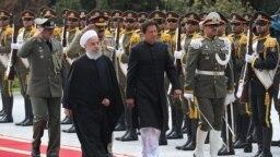 Presidenti i Iranit, Hassan Rohani, dhe kryeministri i Pakistanit, Imran Khan. Teheran, 22 prill 2019.