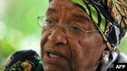 Либерия президенти Элен Жонсон-Серлиф.