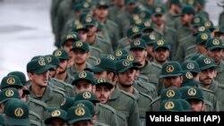 Стражи исламской революции празднут 40-летие иранской революции