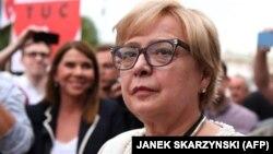 Malgorzata Gersdorf la o demonstrație de protest la 3 iulie la Varșovia