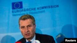 Комиссар ЕС по энергетике Гюнтер Оттингер.