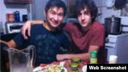 Діас Кадирбаєв (Л) і Джохар Царнаєв