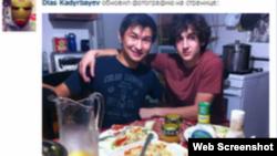 Диас Кадырбаев (слева) и Джохар Царнаев. Фото со страницы Кадырбаева в социальной сети VKontakte.