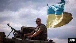 Донецк облысында жүрген украин әскерилері. 25 тамыз 2014 жыл.