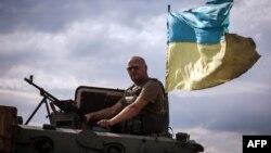 Forţele ucrainene în apropiere de Doneţk, 25 august 2014