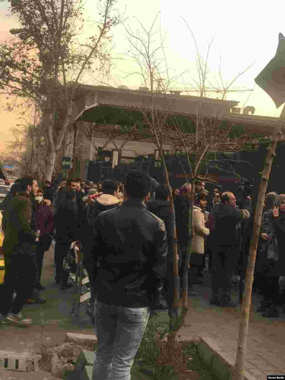 Мітинг протестувальників в університеті імені Аміра Кабіра в Тегерані, 11 січня 2020 року.