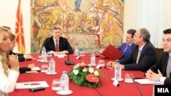 Седница на советот за безбедност. Ѓорге Иванов, Никола Груевски, Трајко Вељаноски, Зоран Јолевски, Гордана Јанкуоска, Никола Попоски.