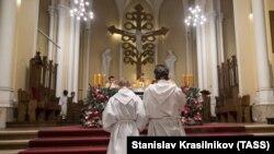 Католическая месса в России