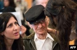 Джошуа Кауфман - выживший при Холокосте - на суде по делу Ханнинга