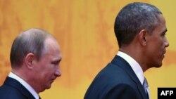 Путин и Обама на саммите АТЭС в ноябре 2014 года