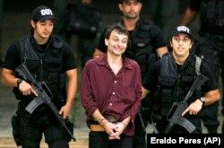 بازداشت باتیستی در سال ۲۰۰۷ در برزیل