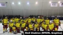 Кыргызстандын хоккей боюнча улуттук курама командасы. 28-февраль 2014-ж. Бишкек.