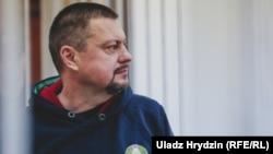 Былы намесьнік міністра аховы здароўя Ігар Ласіцкіў залі суду. 11 студзеня 2019 году