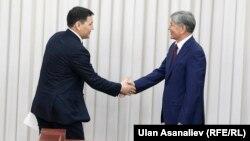 Абдил Сегизбаев жана Алмазбек Атамбаев.