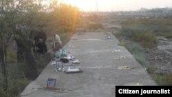 قبر دسته جمعی قربانیان کشتار زندانیان سیاسی در سال ۶۷ در اهواز، عکس آرشیوی است
