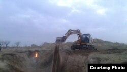 Скелеты и туши ослов, обнаруженные в Самаркандском районе, сожгли и закопали в яме глубиной 4 метра.