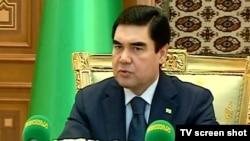 Туркманистон президенти Қурбонқули Бердимуҳамедев.