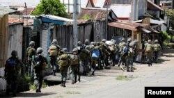 Маравидеги Филиппин аскерлери. 29-май, 2017-жыл.