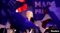 Pokušaj distanciranja od antisemitizma: Marine Le Pen