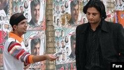 پوسترهای تبلغاتی برای انتخابات شورای شهر نمای خیابان های تهران را عوض کرده است